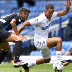 Leeds United forward Kemar Roofe dribbles past his opponent. (Getty Images)