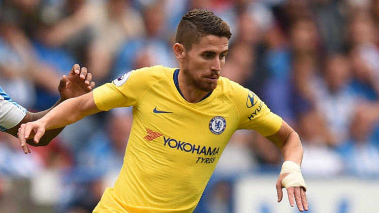 Chelsea midfielder Jorginho in action. (Getty Images)