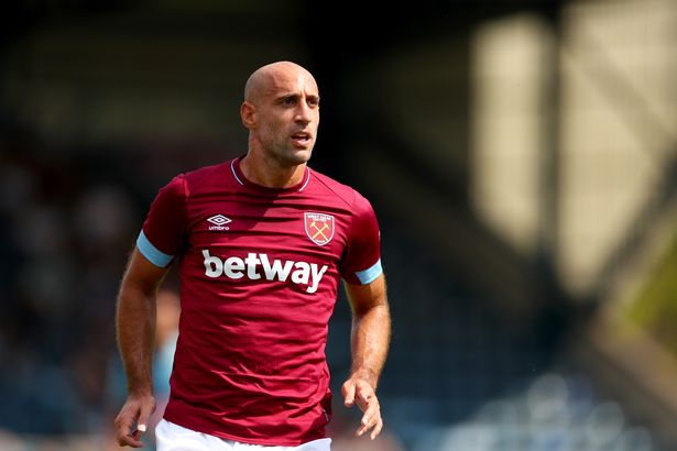 West Ham right-back Pablo Zabaleta in action. (Getty Images)