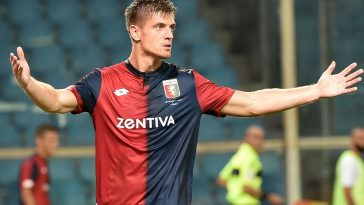 Krzsysztof Piatek of Genoa celebrate after 3-0 during the Coppa Italia match between Genoa CFC and Lecce at Stadio Luigi Ferraris. (Getty Images)