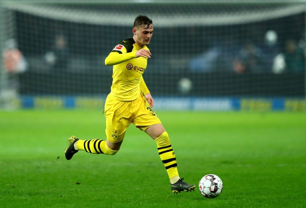 Jacob Bruun Larsen of Dortmund runs with the ball during the Bundesliga match between Hertha BSC and Borussia Dortmund at Olympiastadion on March 16, 2019. (Getty Images)