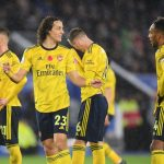 Arsenal players upset after conceding against Leicester City. (Getty Images)