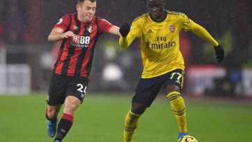 Bukayo Saka of Arsenal battles for possession with Ryan Fraser of AFC Bournemouth during the Premier League match between AFC Bournemouth and Arsenal FC at Vitality Stadium on December 26, 2019 in Bournemouth, United Kingdom. (Getty Images)