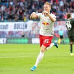 Marcel Halstenberg of RB Leipzig celebrates after scoring his team's fourth goal during the Bundesliga match between RB Leipzig and 1. FSV Mainz 05 at Red Bull Arena on November 02, 2019 in Leipzig, Germany. (Getty Images)