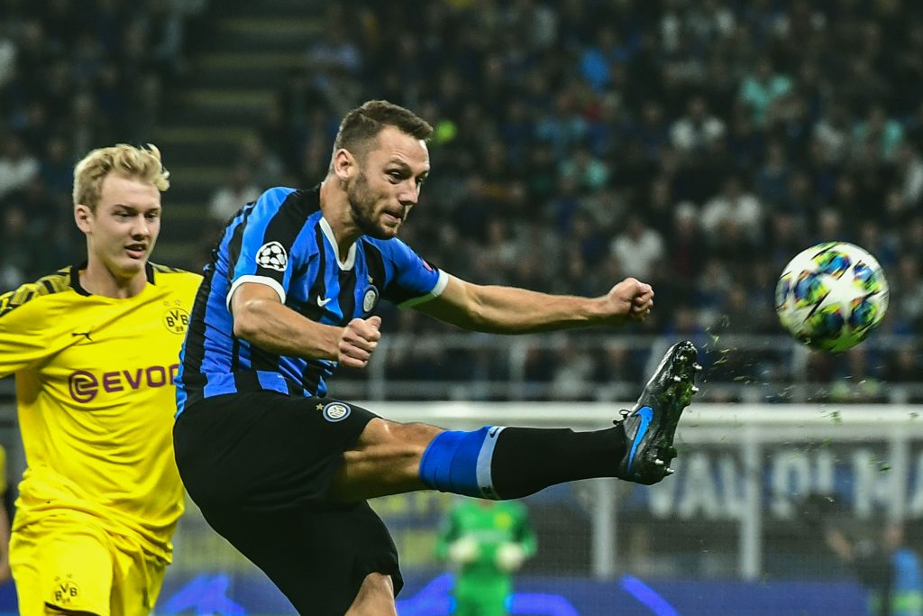 De Vrij clears a ball during a Champions League group match against Borussia Dortmund. (Getty Images)