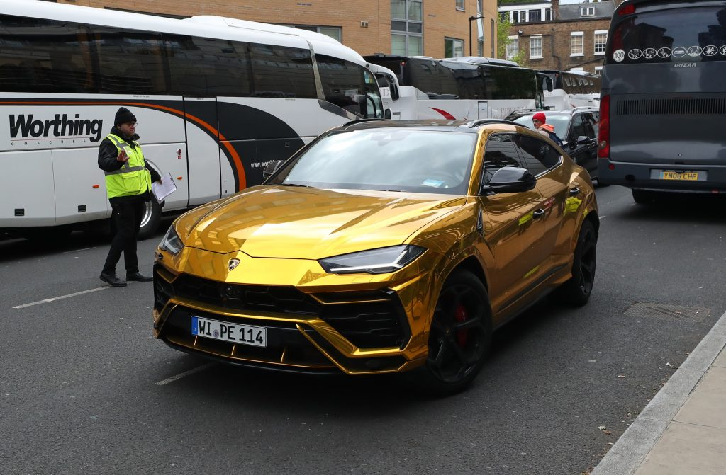 Pierre-Emerick Aubameyang also has some gold cars