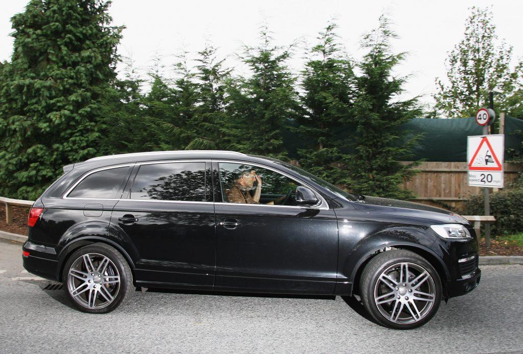 Jose Mourinho has several cars