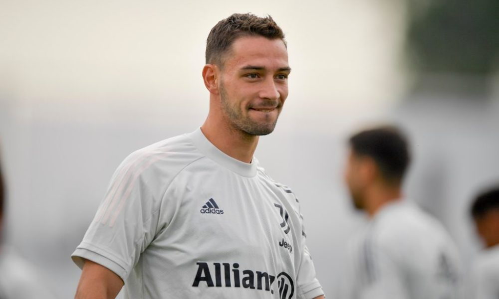 De Sciglio has struggled with injuries at Juventus (Getty Images)