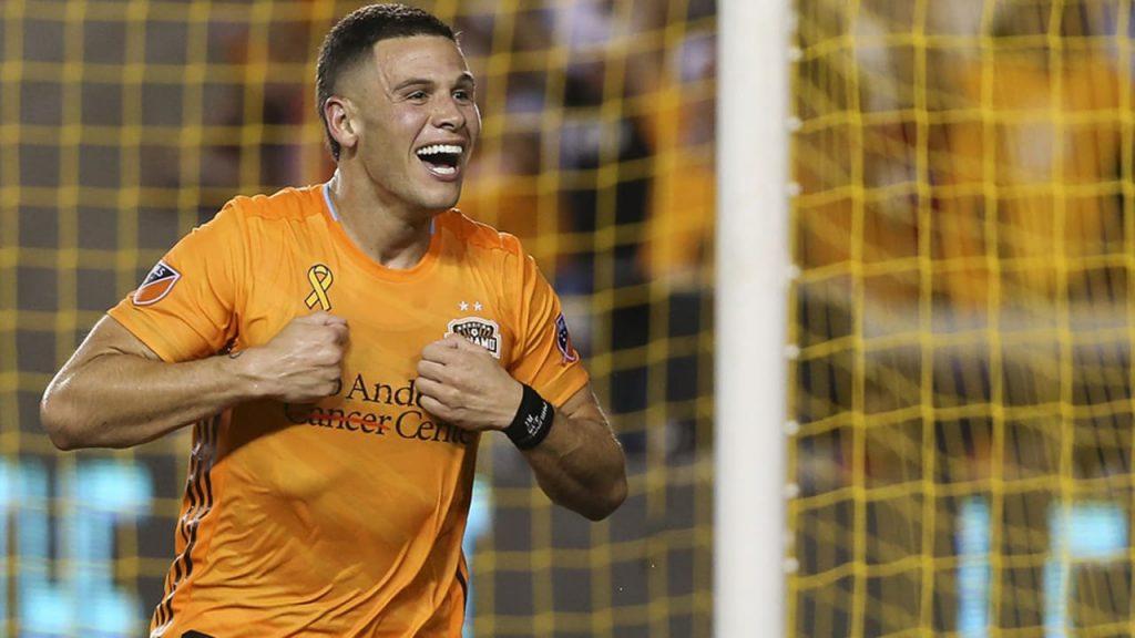 Aberdeen intent on signing Christian Ramirez from Houston Dynamo FC